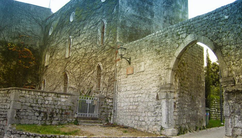Castel_d_Aviano