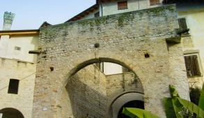 Castello_Valvasone