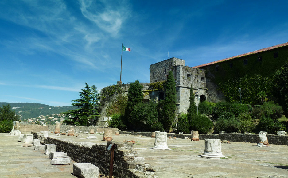 Area_Archeologica_Colle_S_Giusto