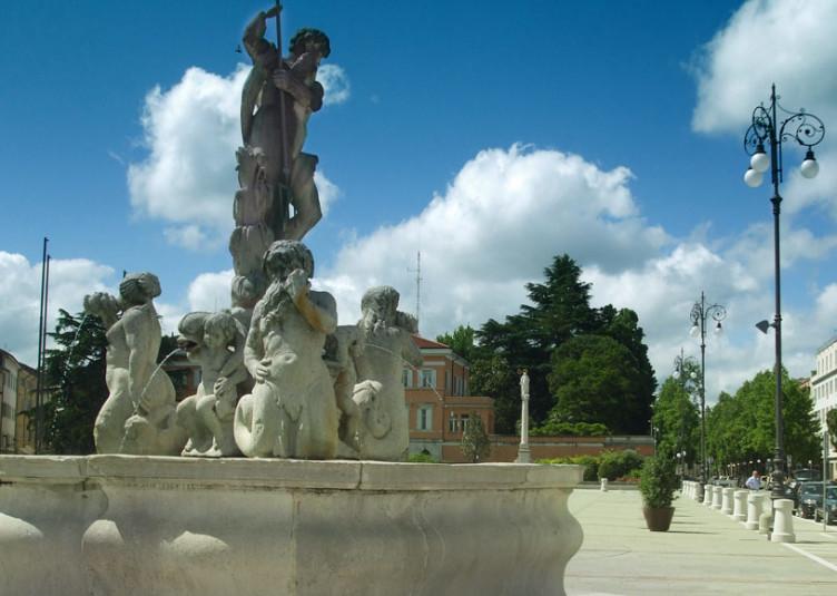 Fontana_Nettuno_Gorizia