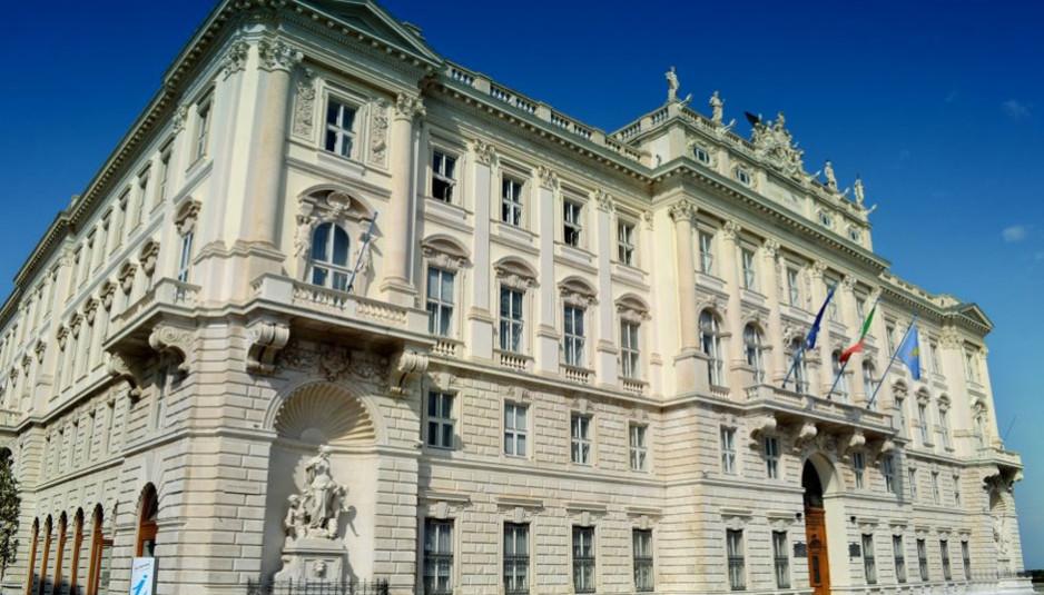 Palazzo_del_Lloyd_Triestino