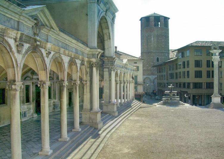 Piazza_Liberta_Udine